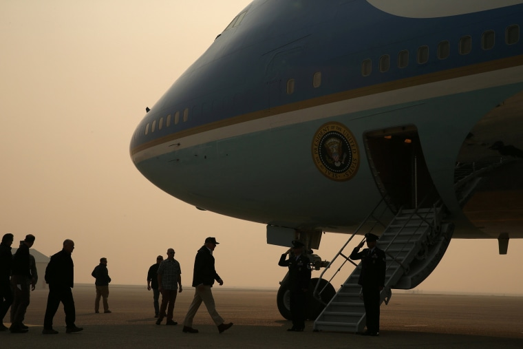 Image: U.S. President Donald Trump boards Air Force One after visiting Paradise in California