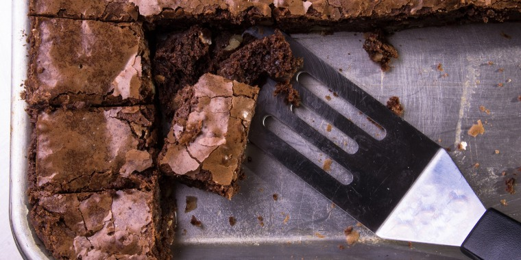Today Anchors debate on the best kind of brownie