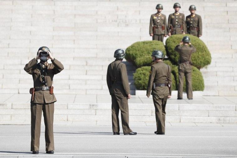 Image: The US Defense Minister James Mattis visits JSA