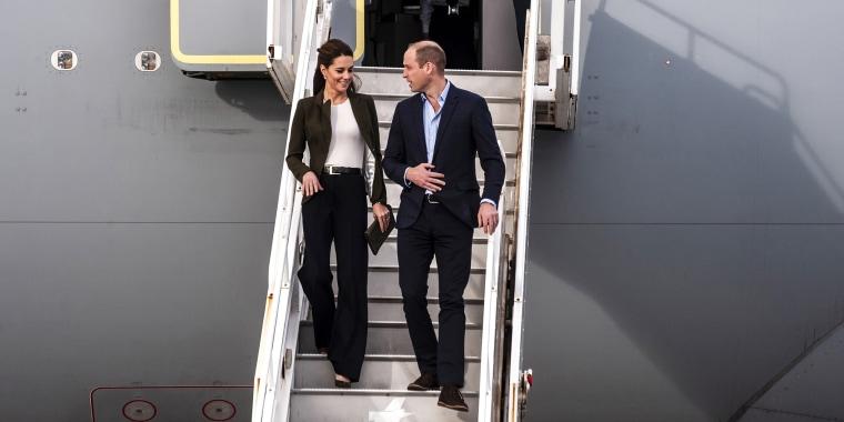 Former Kate Middleton rocks wide-legged pants and a cute blazer.