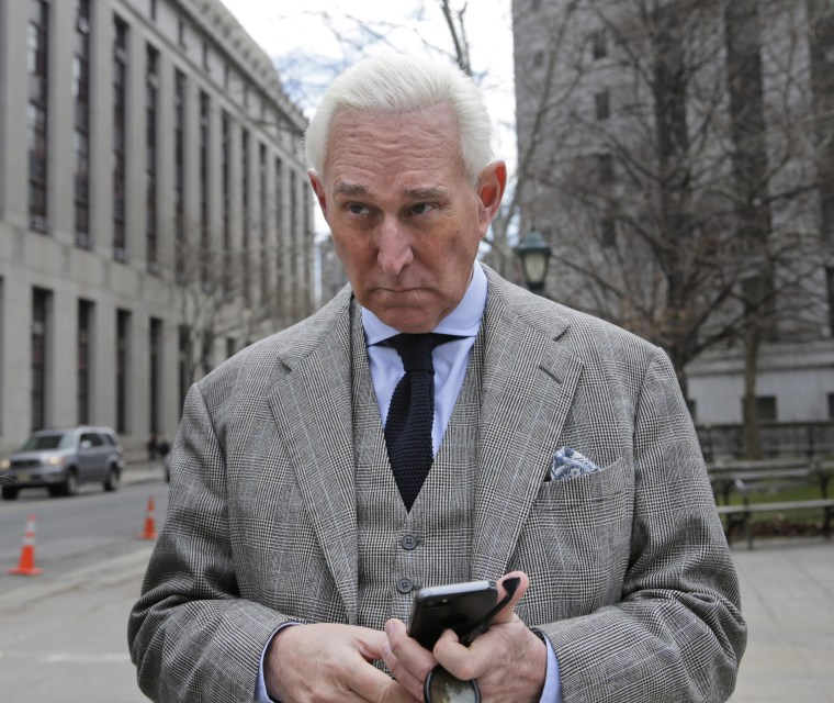 Image: Roger Stone leaves a courthouse in New York