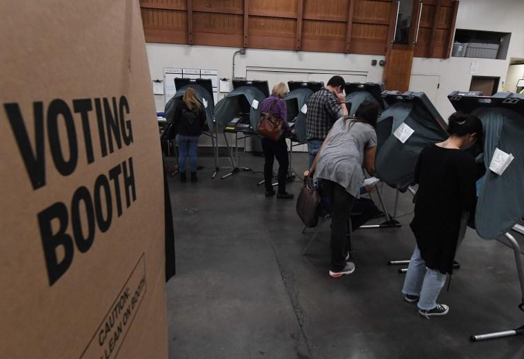 Image: US-POLITICS-ELECTION-VOTE