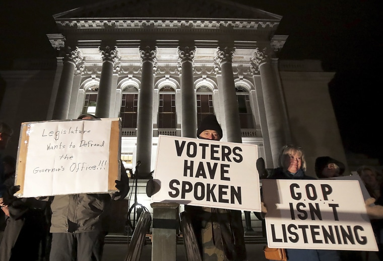 Judge temporarily blocks GOP power grab in Wisconsin