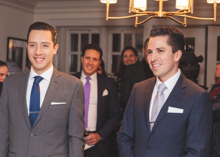Image: Jaime Chavez Alor and Daniel Berezowsky during their wedding ceremony in New York.
