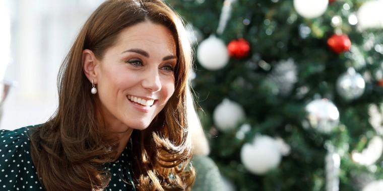 The former Kate Middleeton just wore a festive, polka dot dress