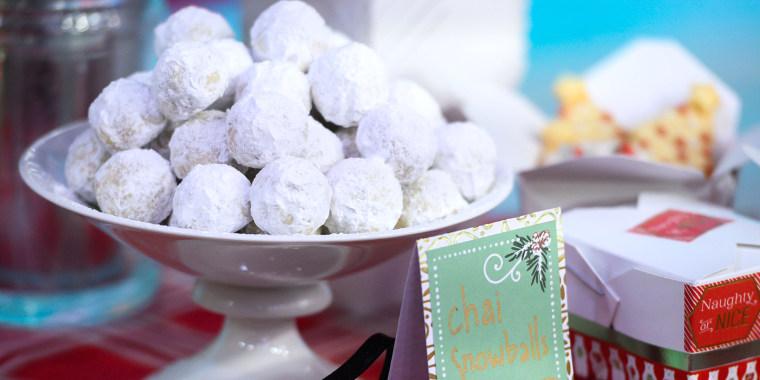 Martha Stewart's Meyer-Lemon Shortbread Wreath Cookies + Chai Snowballs + String-Light Christmas-Tree Cookies
