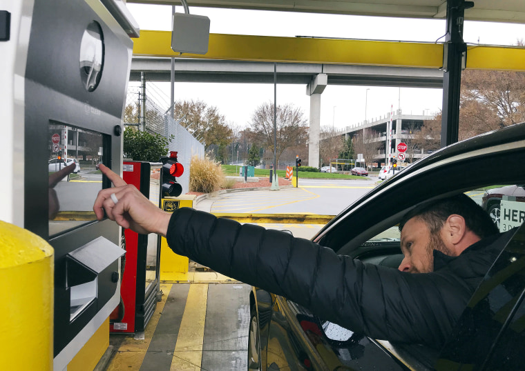 Hertz to use biometric scans for drivers picking up vehicle rentals
