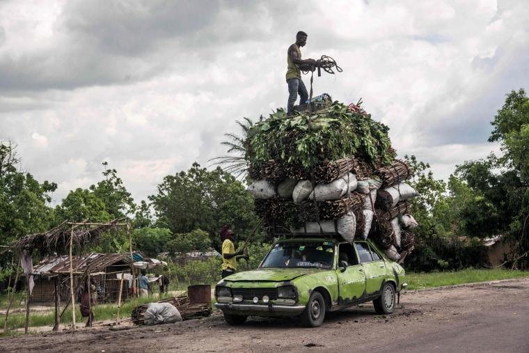 Image: TOPSHOT-DRCONGO-ECONOMY-TRANSPORT