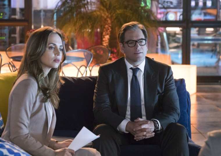 Image: Eliza Dushku as J.P. Nunnelly and Michael Weatherly as Dr. Jason Bull in the first season finale of BULL