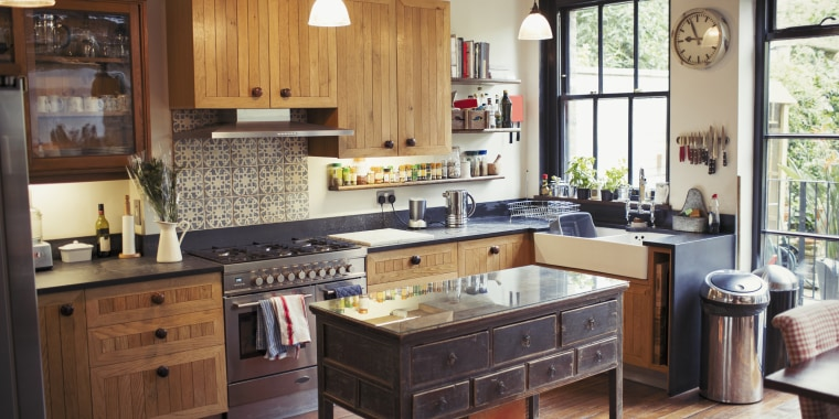 7 Recommended Kitchen Decorating Themes For Perfecting: 7 Small Kitchen Decor Ideas To Jazz Up Your Space