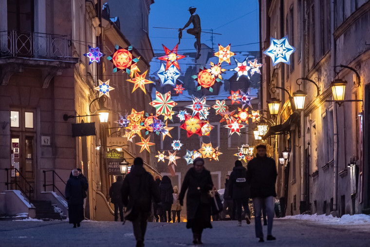 Image: Christmas lighting and decorations in Lublin