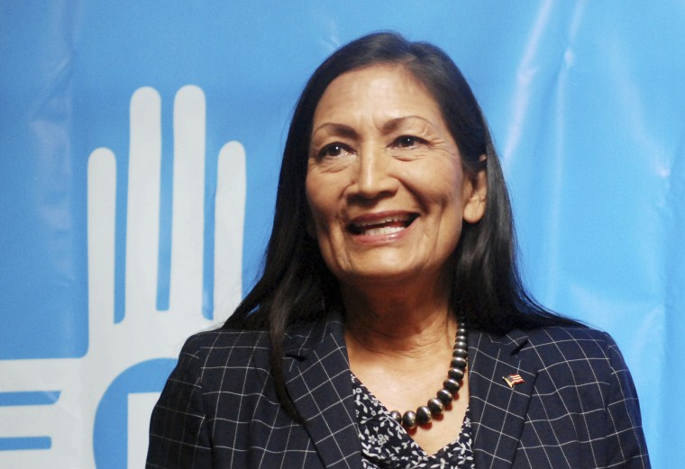 Image: Debra Haaland speaks in Albuquerque, New Mexico, on June 6, 2018.