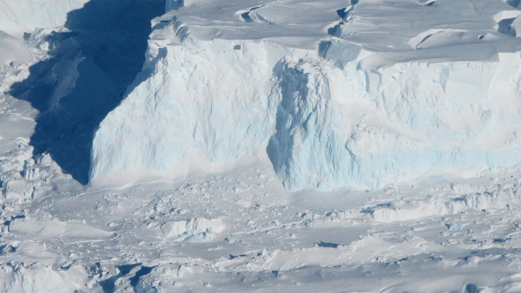 Image: Study Shows Thwaites Glacier's Ice Loss May Not Progress as Quickly as Thought