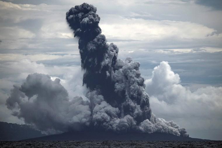 Image: Mount Anak Krakatau volcano spews hot ash during an eruption