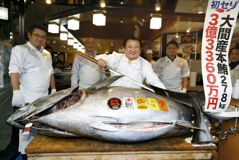 Image: Maximum price of a tuna in Toyosu Market New Year Auction