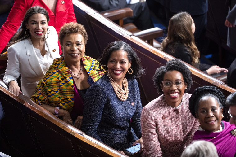 Image: Representatives Alexandria Ocasio-Cortez, Barbara Lee, Jahana Hayes, Lauren Underwood, and Sheila Jackson Lee at the Capitol on Jan. 3, 2019.