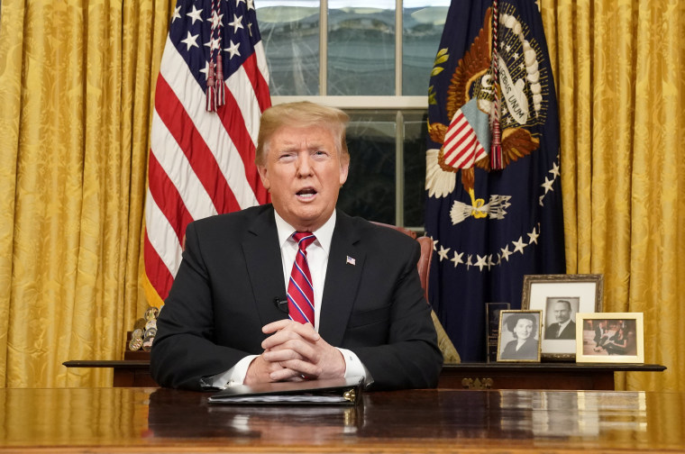 Image: President Trump delivers televised address about immigration and the U.S. southern border from the Oval Office in Washington