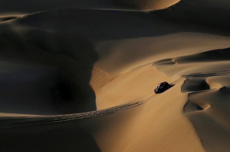 Image: Dakar Rally - 2019 Peru Dakar Rally - Stage 2 from Pisco to San Juan de Marcona, Peru