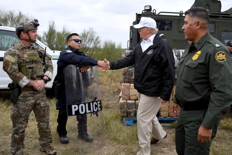 Image: US-politics-immigration-Mexico-IMMIGRANTS