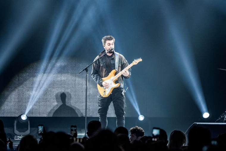 Juanes Performs At The Forum