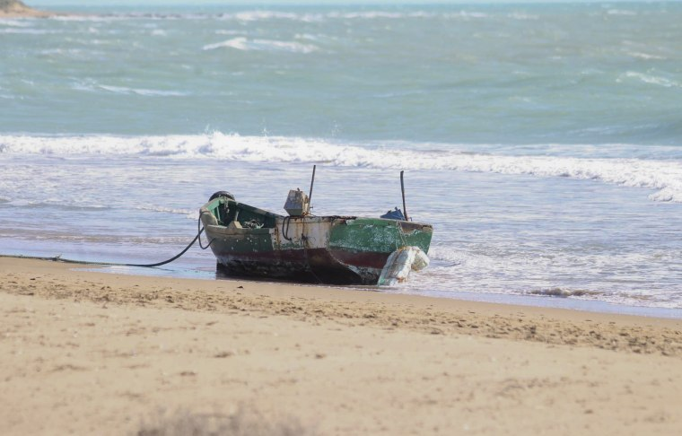 Image: Wooden migrant boat