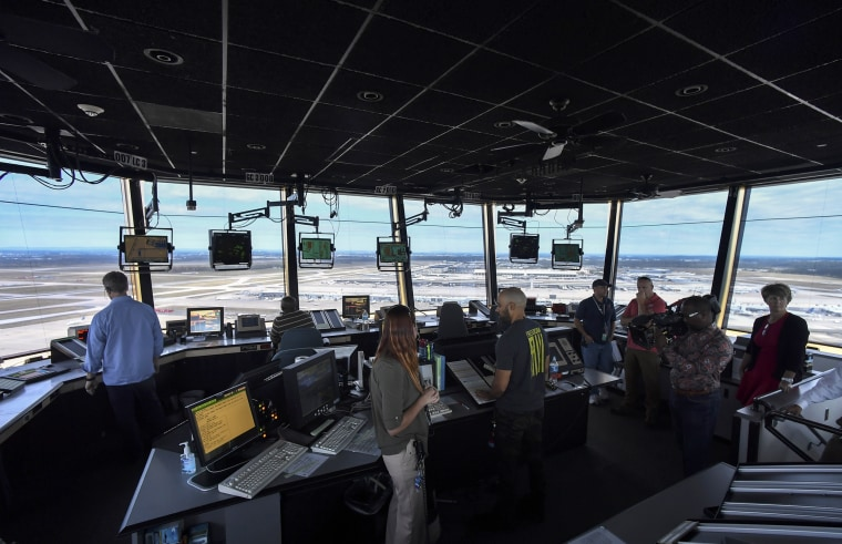 Image: air traffic control