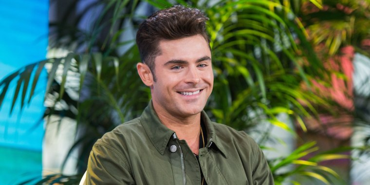 Zac Efron S New Bleach Blonde Hair Has Fans Doing A Double Take