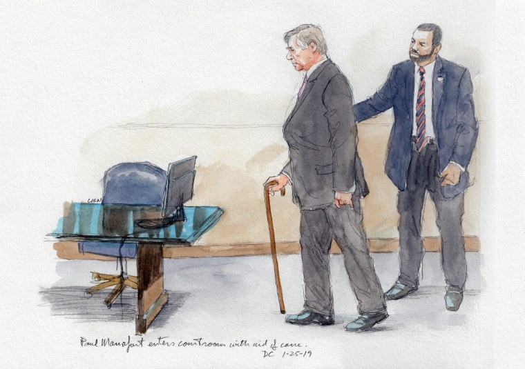 Manafort enters courtroom with the aid of a cane on Jan. 25, 2018.