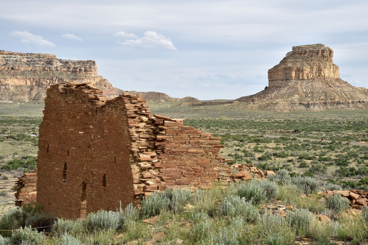 Image: The ruins of Una Vida house built by Ancient Puebloan People in the Chaco Culture National Historical Park