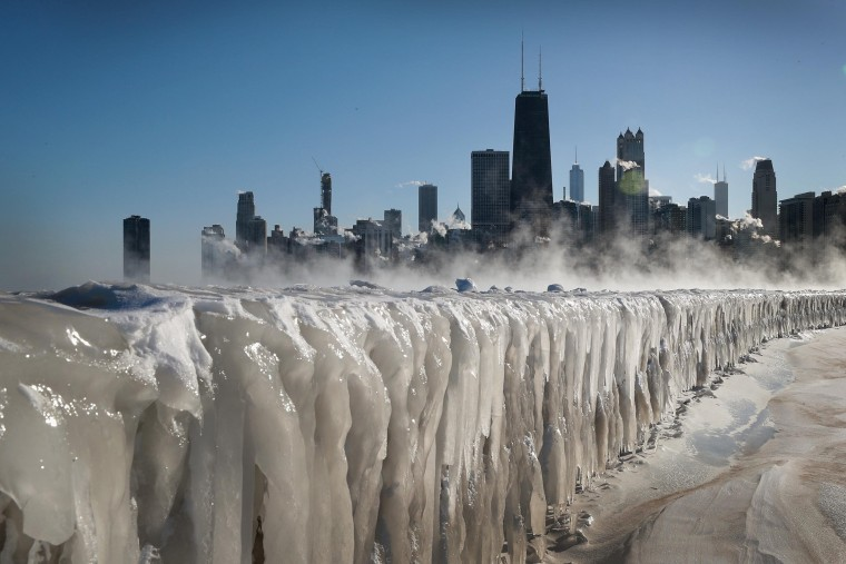 Image: Polar Vortex Brings Extreme Cold Temperatures To Chicago