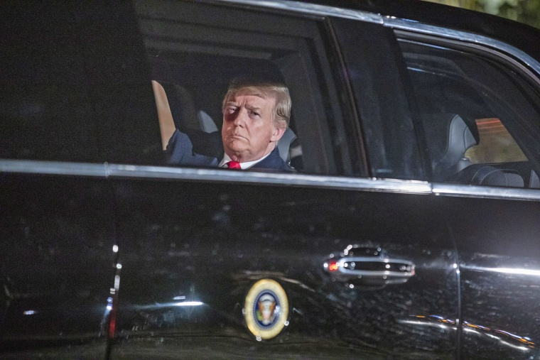 Image: Trump departs White House for Capitol Hill and his second State of the Union speech