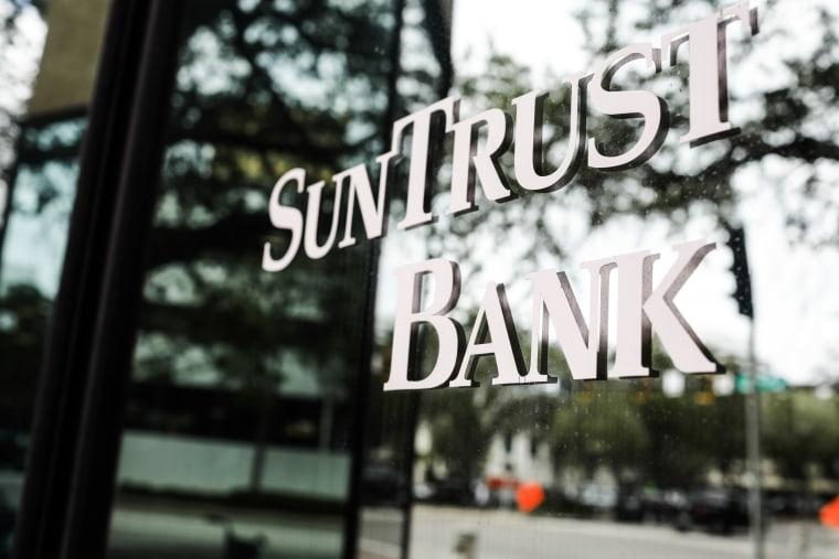 Image: SunTrust Bank