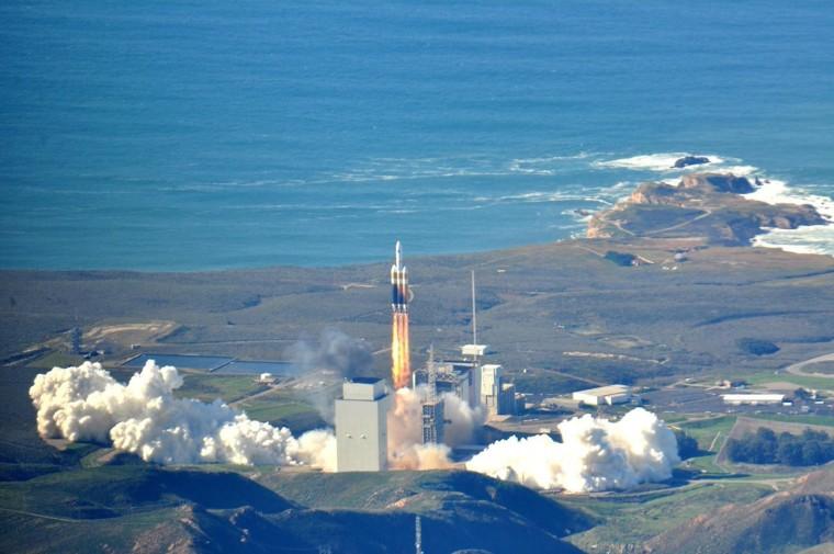 Image: Spy Sattelite Launch