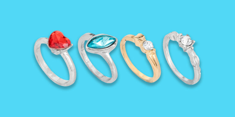 why are people obsessed with these $1 engagement rings?