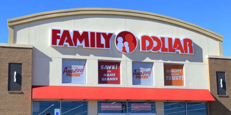 Family Dollar store sign