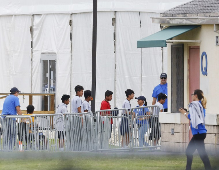 Image: Migrant children