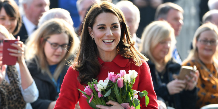 Kate Middleton wears red coat in Northern Ireland