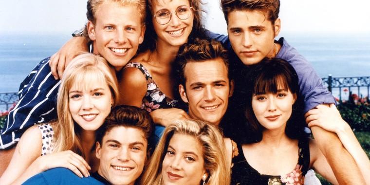Image: Beverly Hills 90210 cast