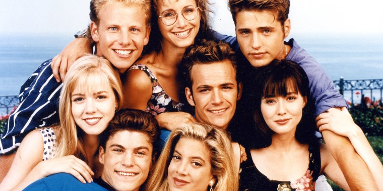 Image: Beverly Hills 90210 cast