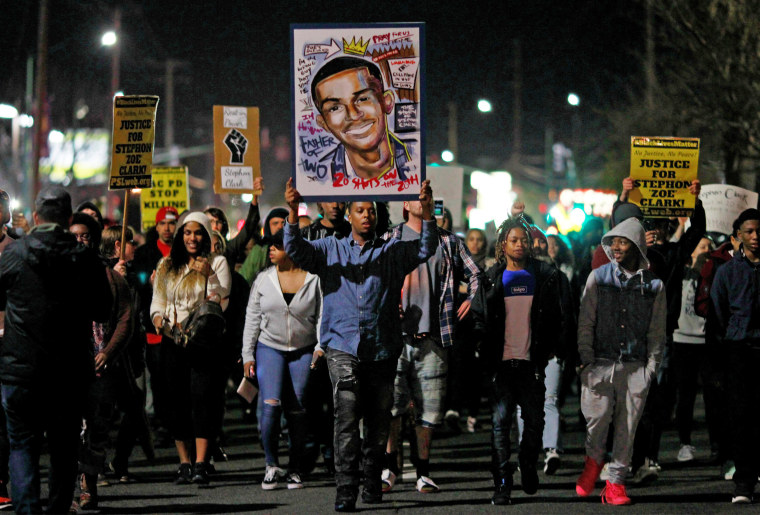 Image: Demonstrators march to protest the police shooting of Stephon Clark, in Sacramento