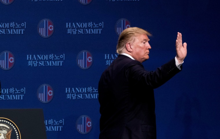 Image: U.S. President Donald Trump waves as he leaves a news conference at the JW Marriott Hanoi, following talks with North Korean leader Kim Jong Un in Hanoi