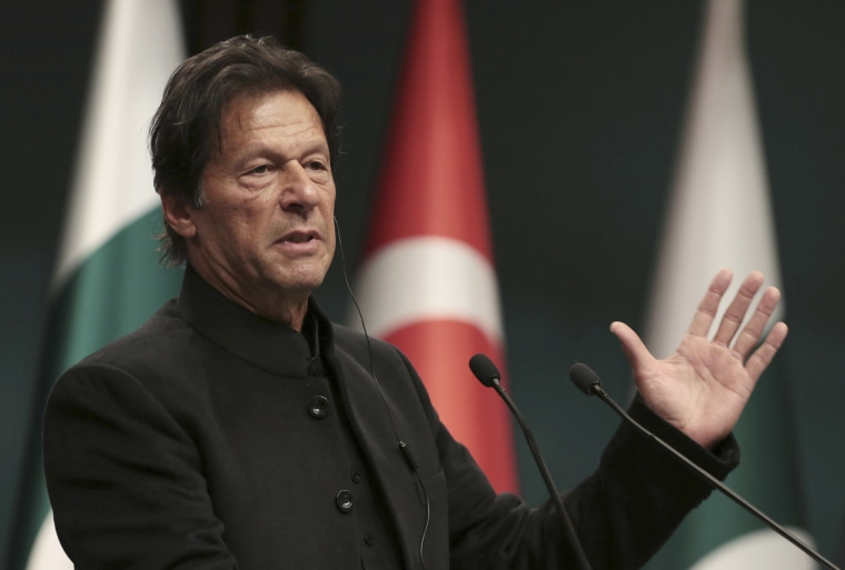 Image: Pakistan's Prime Minister Imran Khan speaks during news conference in Ankara