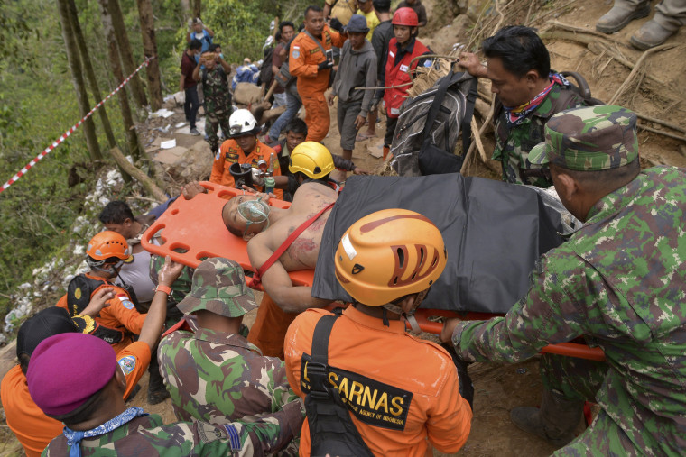 Image: Indonesia mine rescue