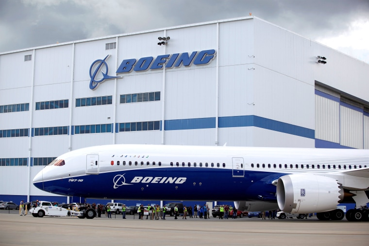 Image: FILE PHOTO: The new Boeing 787-10 Dreamliner taxis past the Final Assembly Building at Boeing South Carolina in North Charleston