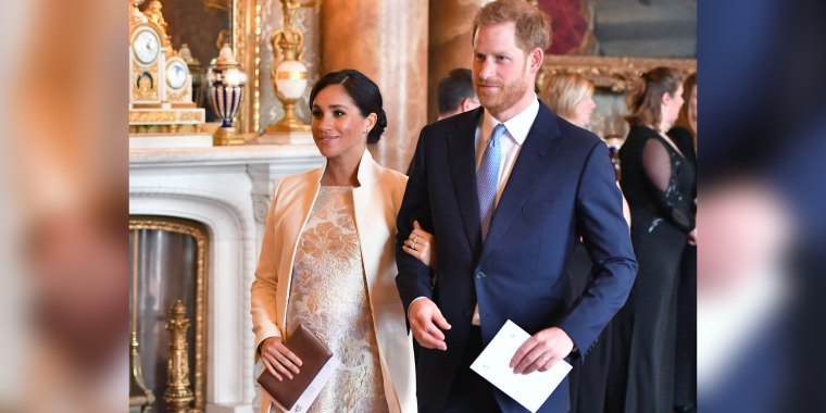 Meghan Markle maternity fashion