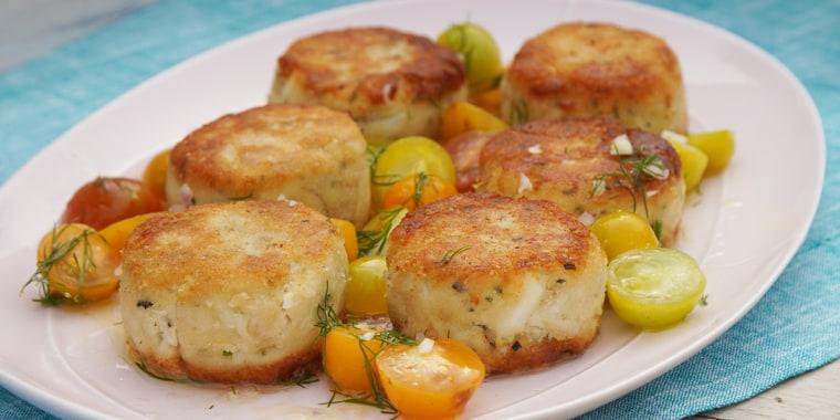 Michelle Weaver's Charleston Grill Crab Cake + Shrimp & Grits + Deviled Eggs + Hummingbird Cheesecake