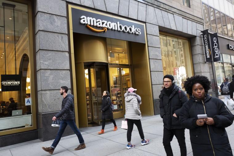Image: Amazon Books in New York