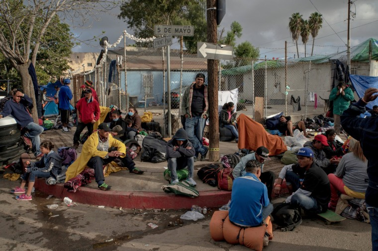 Photographer Kitra Cahana was on a list of people who officials said should be stopped for questioning when entering Mexico at San Diego-area checkpoints. She took this photo while covering the migrant caravan crossing Mexico.