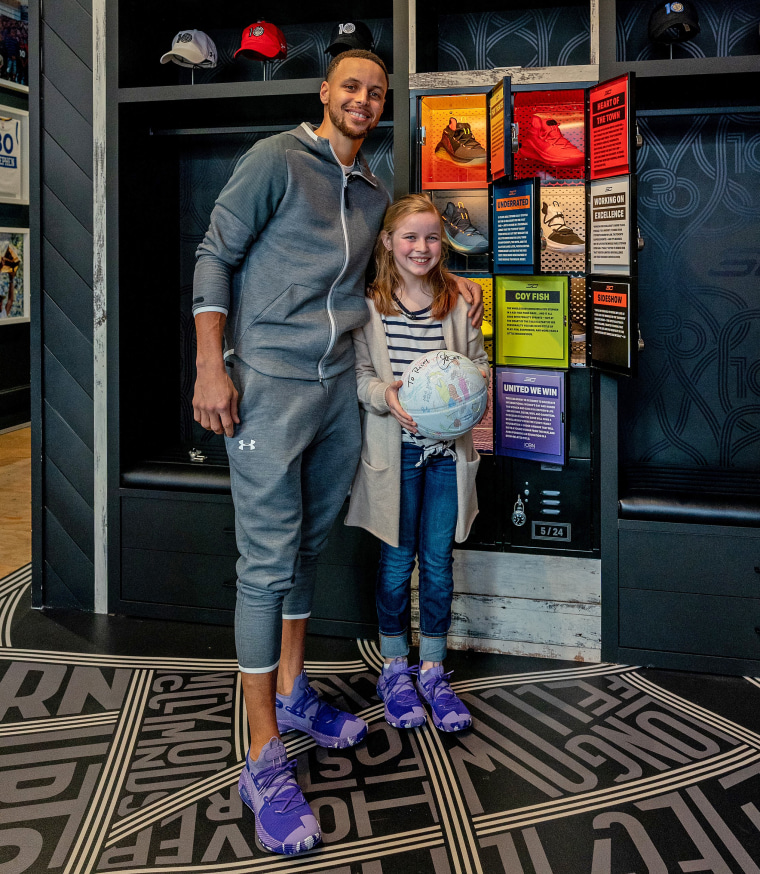 Stephen Curry surprised Riley Morrison wearing the Curry 6 colorway shoes she helped inspire.