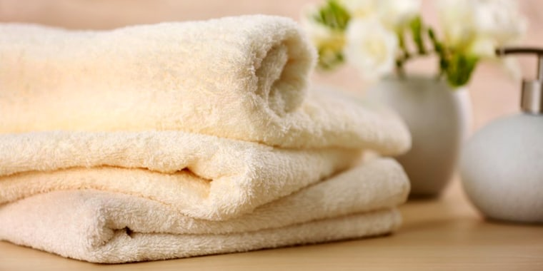 How to wash smelly towels